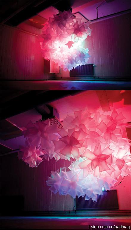 塑膠袋也能組合成好美的燈光藝術