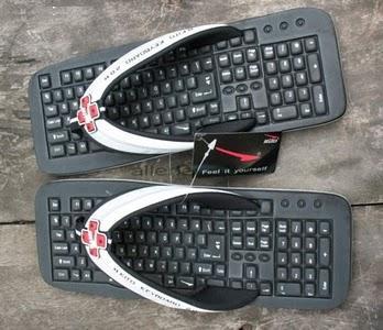 DIY鍵盤夾腳拖!