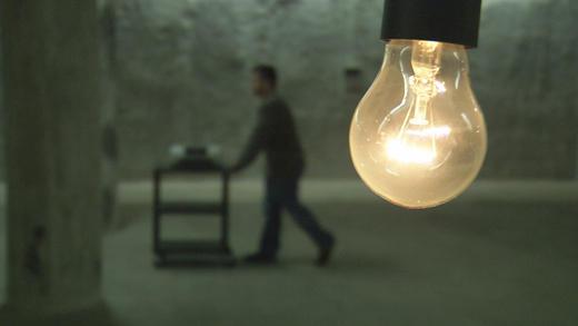 """""""電燈泡的陰謀"""" 揭汰舊背後秘密THE LIGHT BULB CONSPIRACY"""